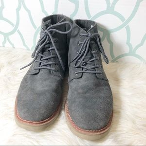 TOMS SUEDE HIGH TO BOOT SIZE 11